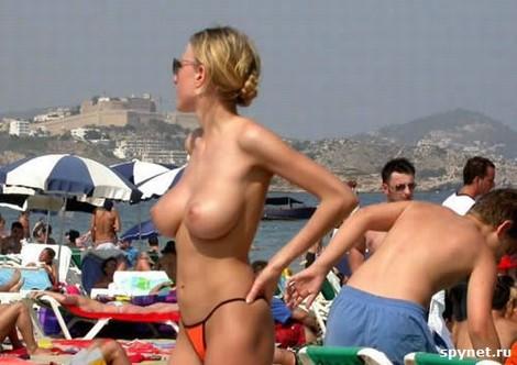 topless merginos 06